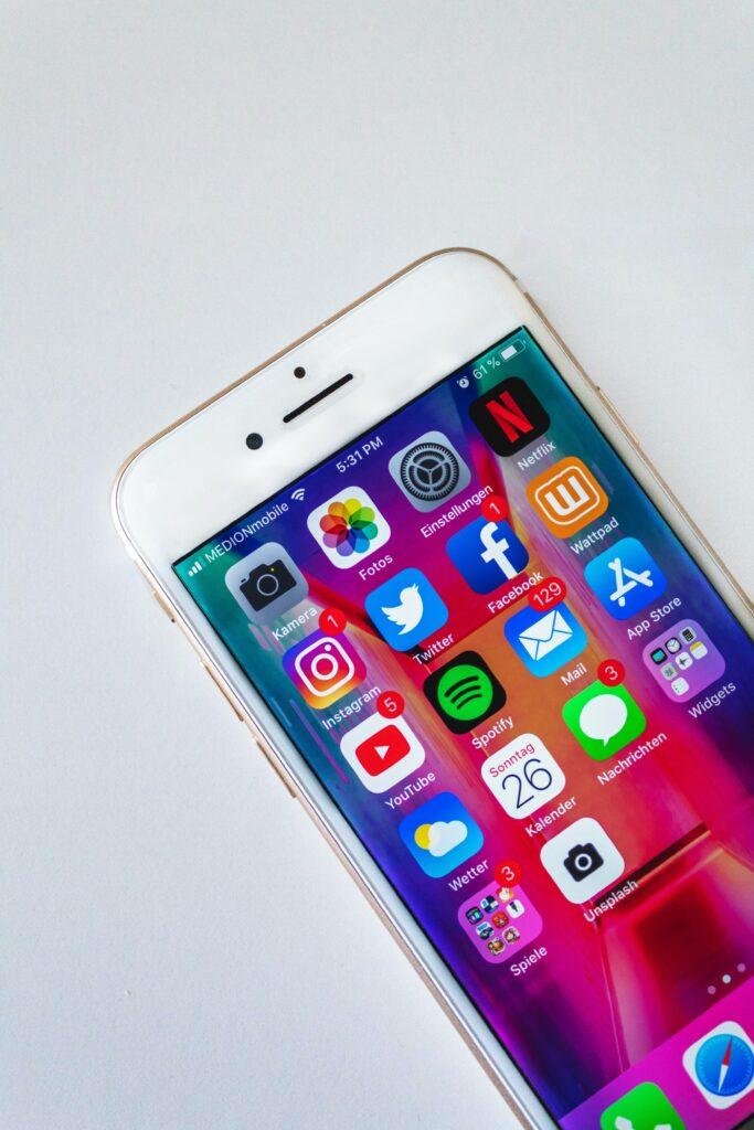 social-media-marketing-types-of-digital-marketing.jpg